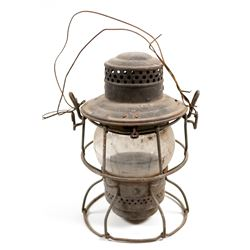 Railroad Lamp (CNR) & Burgermeister Advertising Tin  109482