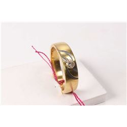 18kt yellow gold and diamond set gent's ring with one .10ct brilliant cut diamond. Retail replacemen