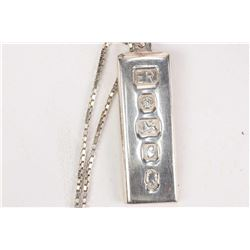 """Sterling silver 22"""" box chain and a British hallmarked Queen's silver jubilee .8oz sterling silver i"""