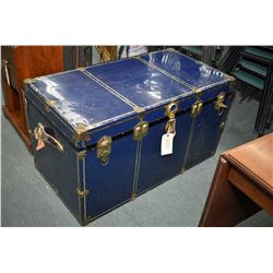 Blue metal steamer trunk with faux brass hardware, complete with tray