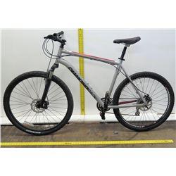 "Diamondback Axis XE 27.5"" Shimano Silver Road Cruiser Bike"