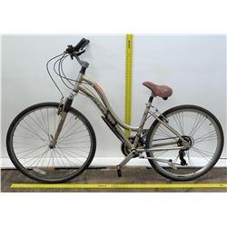Schwinn Midmoor Ladies Aluminum Hybrid Comfort Bike