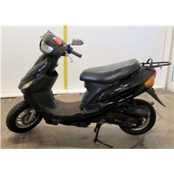 Black Zhongneng Moped (Serial L5YACBPAXG1125980) 2618 Miles