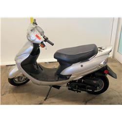 2015 Silver Taizhou Zhongneng Moped (Serial L5YACBPA6F1147439) 884 Miles