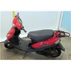 Red Soleil Zhejiang Jonway YY50QT-6 Moped (Serial L8YTCAPF6EY702970) 2426 Miles