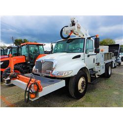 2013 INTERNATIONAL 4300 BUCKET/SIGN TRUCK