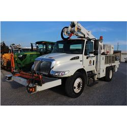 2012 INTERNATIONAL 4300 BUCKET/SIGN TRUCK