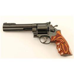 Smith & Wesson 29-3 .44 Mag SN: AZE5701