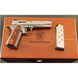 Smith & Wesson SW1911 .45 ACP SN: UFB9673