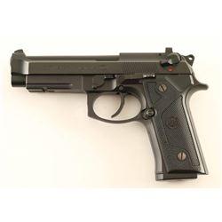 Beretta 96 Vertec .40 S&W SN: BER327802