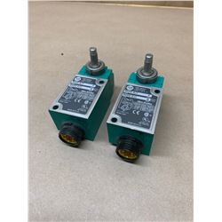 (2) Allen-Bradley 802M-AJ1 Limit Switch