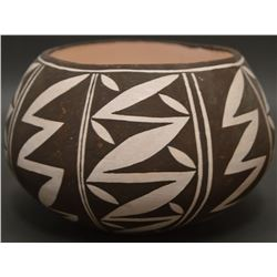 ACOMA INDIAN POTTERY BOWL (DREW LEWIS)