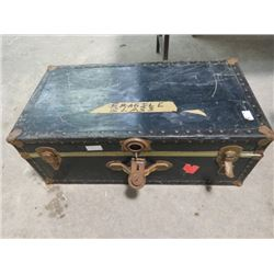 "METAL SUITCASE TRUNK (31"" X 16"" X 12"")"