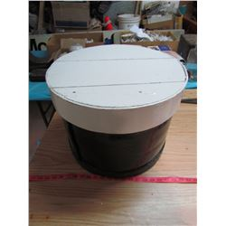 "ROUND CHEESE BOX WITH LID (13"" X 17"")"
