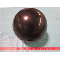 BOWLING BALL WITH HANDLE