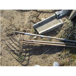 LOT OF 3 PITCH FORKS