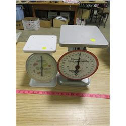 KITCHEN SCALES (2)
