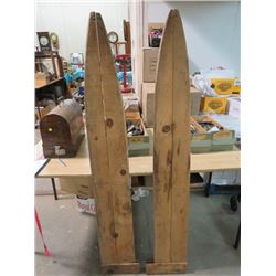 TWO SKINNING BOARDS