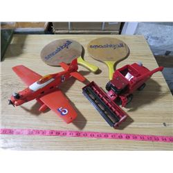 LOT OF ASSORTED TOYS (PLANE, TRACTOR, PING PONG PADDLES)