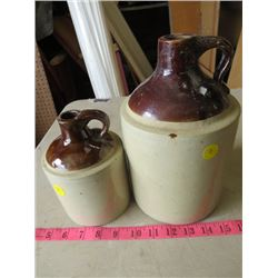 1/4 & 1/2 GALLON WHISKEY JUGS ( 1 MEDALTA)