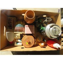 LOT OF ASSORTED ITEMS (INCLUDING TINS, JARS, SALT & PEPPER SHAKERS)