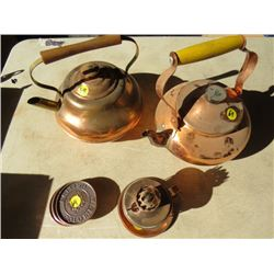 LOT OF 2 KETTLES, 4 COASTERS, LAMP BASE (ALL COPPER)