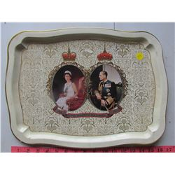 QUEEN ELIZABETH TRAY