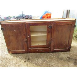 "TOP OF HUTCH CABINET (22""H X 42 1/2 ""W X 11 1/2 ""D)"