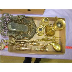 LOT OF 12 PIECES OF ASSORTED BRASS
