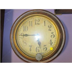 "OAK WALL CLOCK (GILBERT CLOCK COMP) *16.5""*"