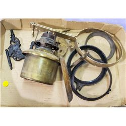 BACKET LAMP PARTS AND BRASS LAMP