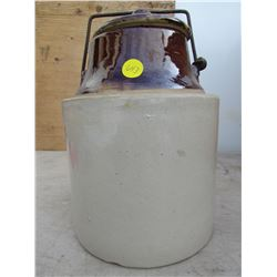 ONE GALLON CROCK WITH LID
