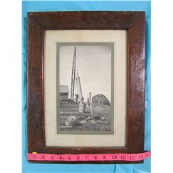"""2 PICTURE FRAMES 17.5 X 13.5 & 20 X 17.75"""""""