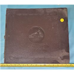 RCA RECORD ALBUM WITH 11 RECORDS