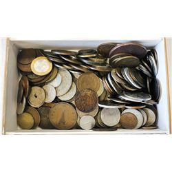 WORLDWIDE GROUP LOTS: LOT of 204 more interesting types of machine struck base metal minor coins