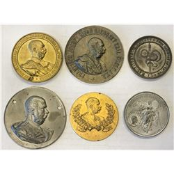 WORLDWIDE GROUP LOTS: LOT of 7 coins and large medals, Proof in original box