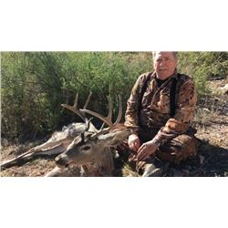 4-day Mexico Central Plateau White-tailed Deer Hunt for One Hunter and One Observer