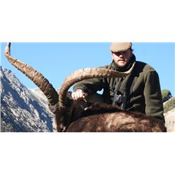 5-day Spain Big Game Hunt for One Hunter and One Observer