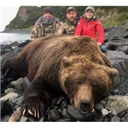 8-day Alaska Peninsula Brown Bear Yacht Hunt for One Hunter