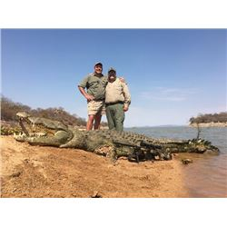 6-day Mozambique Nile Crocodile Hunt for One Hunter and One Non-Hunter