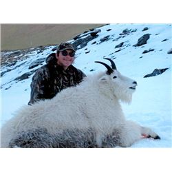6-day Kodiak Island Mountain Goat Hunt for One Hunter