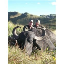 5-day Argentina Water Buffalo Hunt for One Hunter and One Observer