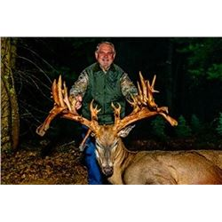 5-day Michigan Northeastern White-Tailed Deer Hunt and King Salmon Fishing for Two Hunters