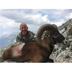 SAFARI INTERNATIONAL MACEDONIA | FIVE DAYS ONE HUNTER AND ONE NON-HUNTER FOR ONE MOUFLON SHEEP