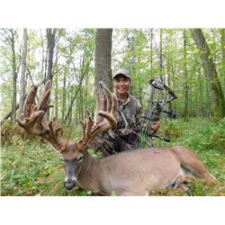 139 Inch Whitetail Deer Hunt at Autumn Antlers