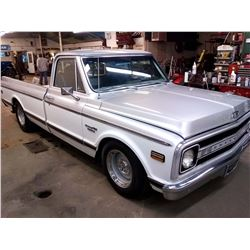 1969 CHEVY C-10 PICK UP / SHOW CONDITION!