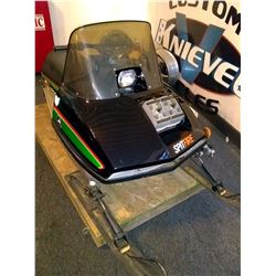 VINTAGE RESTORED JOHN DEERE SNOWMOBILE