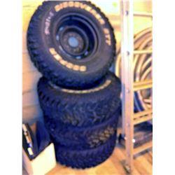 Set of 4 Like-New Cooper Discoverer STT Pro Tires on Rims