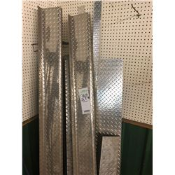 Diamond plate type material shelves