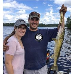 ONTARIO - 5 DAY GUIDED FISHING ADVENTURE FOR 1 ANGLER